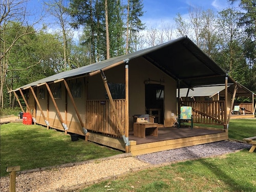 Worth Forest Glamping - Mulberry Safari Tent Sleeping 6 People