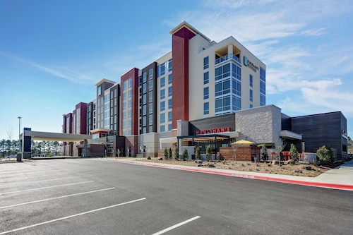 Embassy Suites by Hilton Jonesboro Red Wolf Convention Center