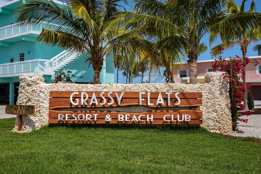Front of Property, Grassy Flats Resort & Beach Club