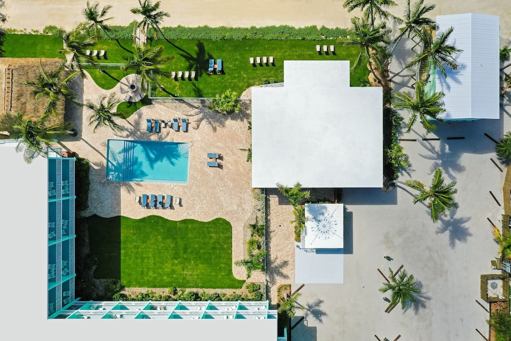 Terrace/Patio, Grassy Flats Resort & Beach Club