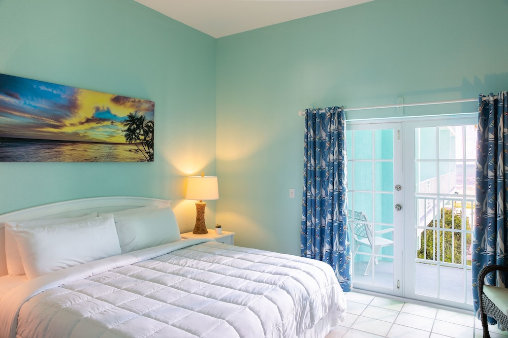 Room, Grassy Flats Resort & Beach Club