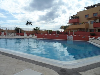 Apartment With 2 Bedrooms in Costa Adeje, With Wonderful sea View, Pool Access, Furnished Terrace