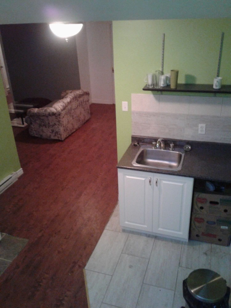 Private Kitchen, Same Thing at Home - Nice Basement Bungalow