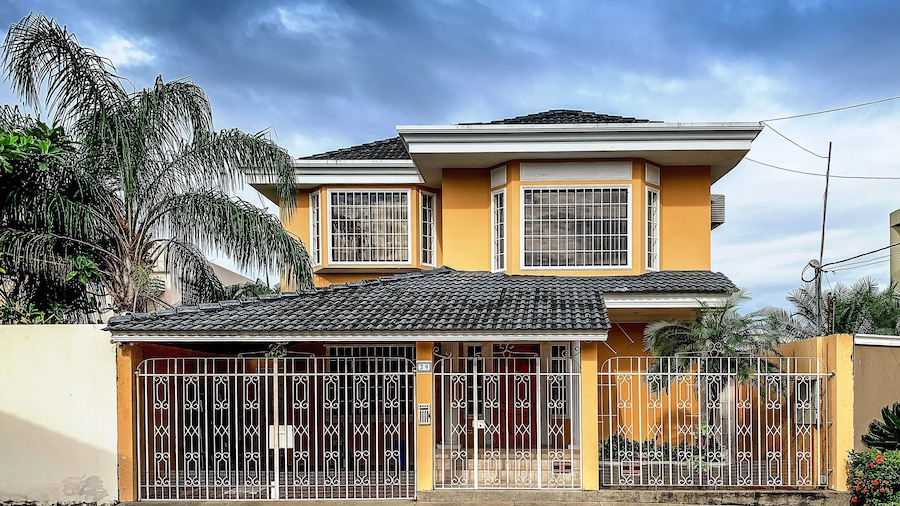 Cesar's House Guayaquil Home Rental