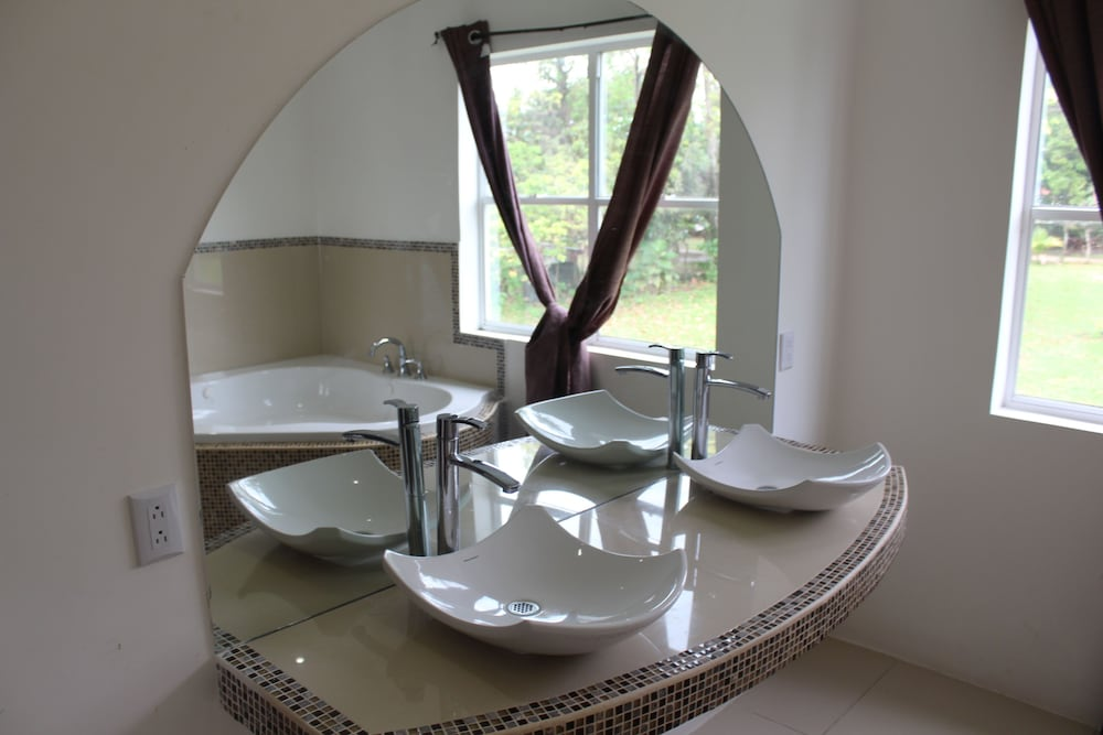 Bathroom Sink, The White House on The Ocean