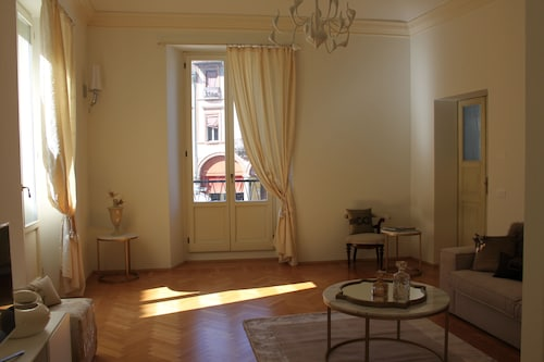Luxury Apartament in Faenza