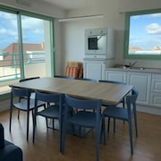 Apartment Fort-mahon-plage, 4 Bedrooms, 8 Persons