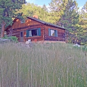 Secluded Cabin- a True Mountain Getaway!