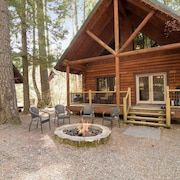 Cabin in the Woods w/ Fire Pit_3rd Nt FREE_Foosball Table_Pet-Friendly_Wi-Fi