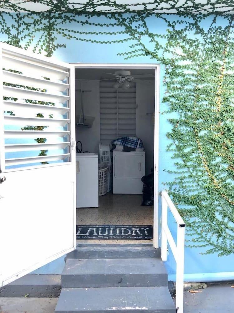 Laundry Room, 3 Bedroom Large Home San Juan