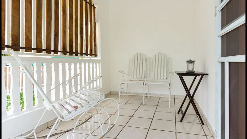 Terrace/Patio, 3 Bedroom Large Home San Juan