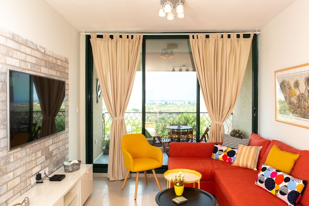 Featured Image, Sea View Suite - Neot Golf