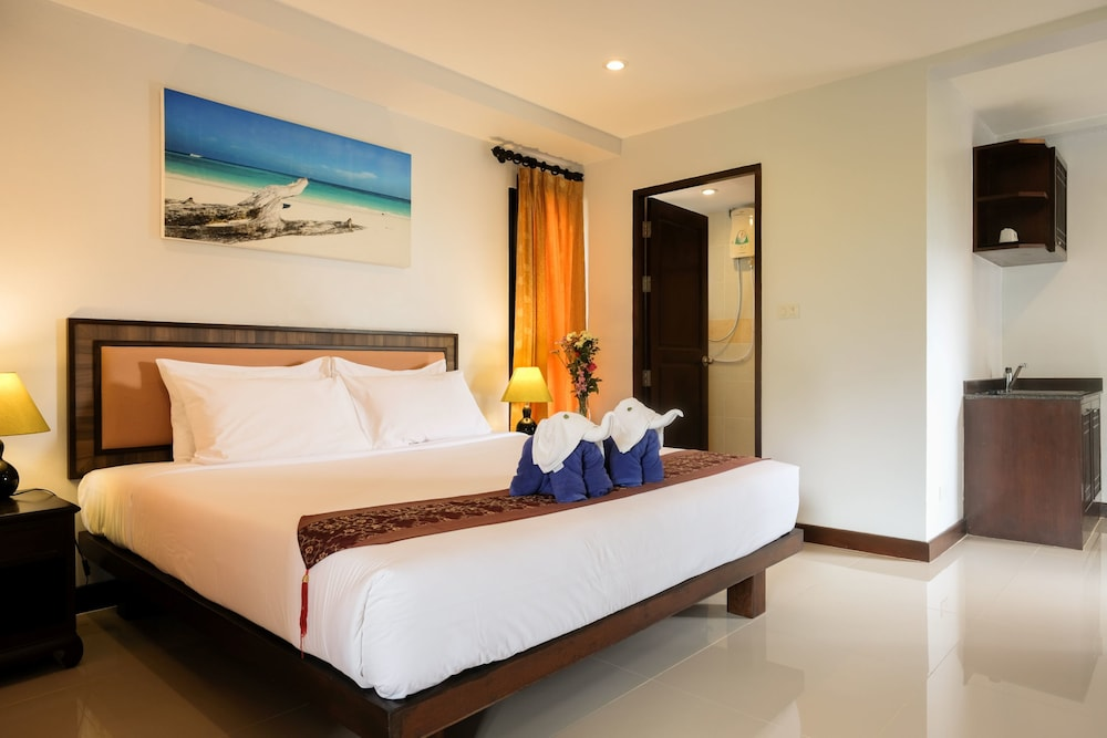 Room, Khaolak Golden Place