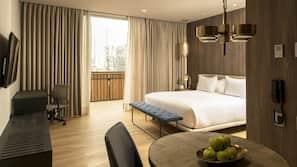 Roupas de cama premium, edredons de pluma, camas com colchões pillow-top