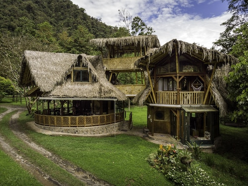 Sacha Urco Lodge