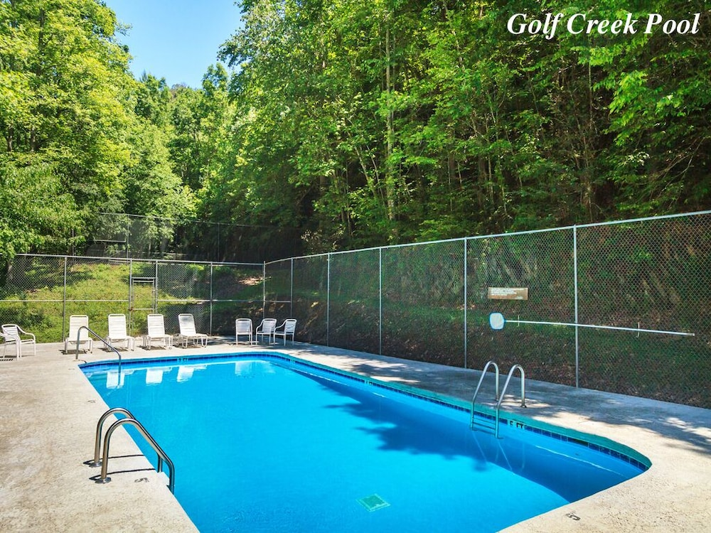 Pool, Castle on the Green, 9 BR, Hot Tub, Pool, Sauna, Sleeps 28