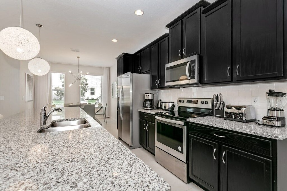 Private Kitchen, Resort Community Town Home With Pool 1527cpc
