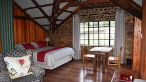 8 chambres, fer et planche à repasser, lits bébé, accès Internet