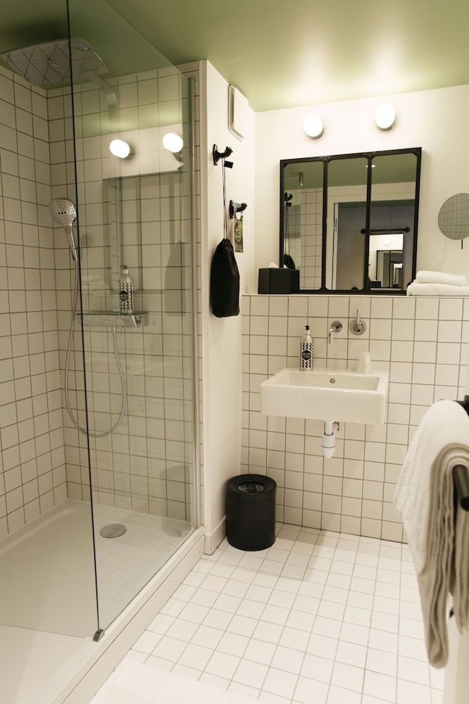 Bathroom, ibis Styles Amiens Centre (Opening September 2019)