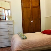 Accommodation in Buñol With 4 Rooms Terrace and Barbecue