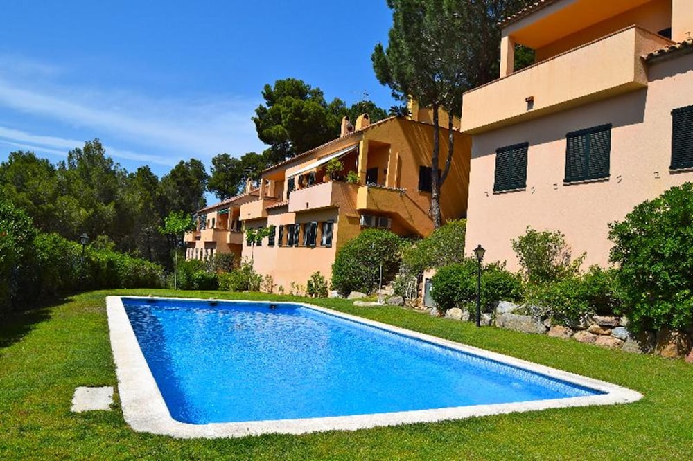 House With Community Pool and Garden-sa Riera begur 8 People