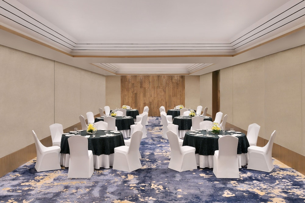 Meeting Facility, Port Muziris, a Tribute Portfolio Hotel, Kochi