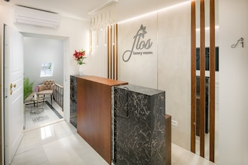 Flos Luxury Rooms