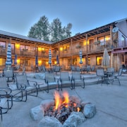 Grand View Mountain Lodge