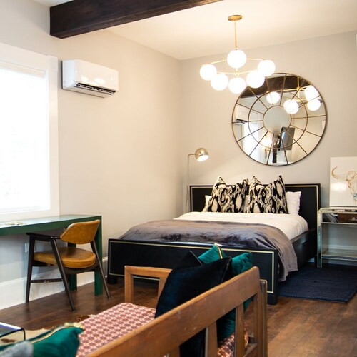 Room, The Shed ATL - Your Stay in Casual Luxury