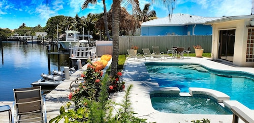 Joyful 2 Room Suite With Pool, Kayak, Boatdock, Beach, Stadum, PGA Golf