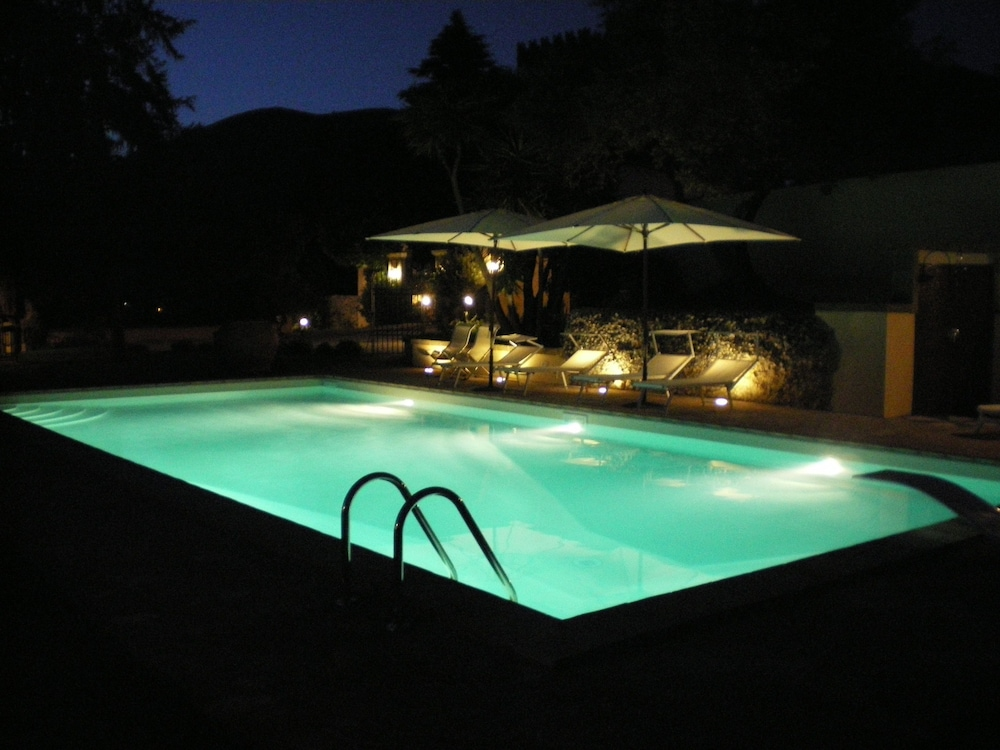 Outdoor Pool, Agriturismo Castello Santa Margherita