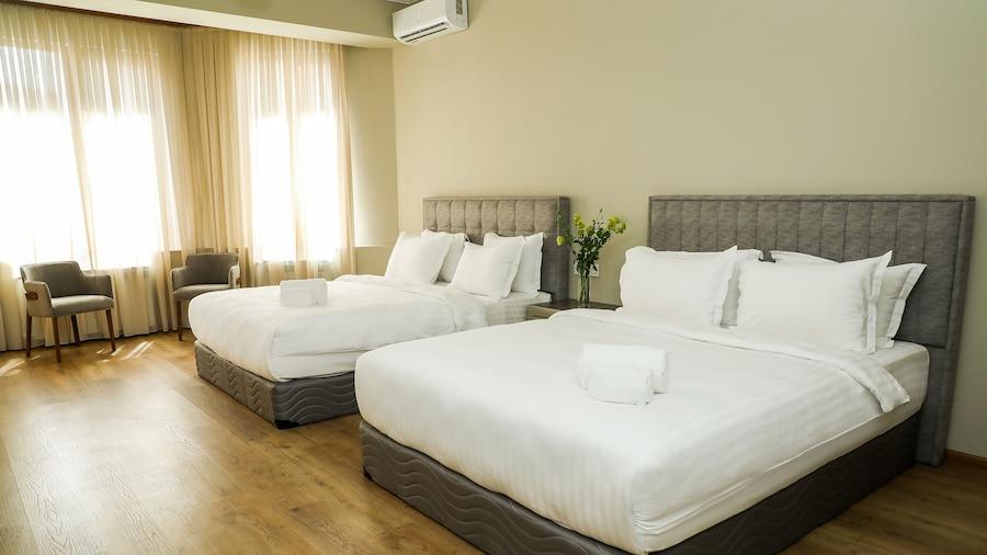 Teryan Pushkin Apart Hotel