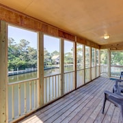 2 Bed, 2 Bath Canal Front Frisco Home 4 Night Stays!