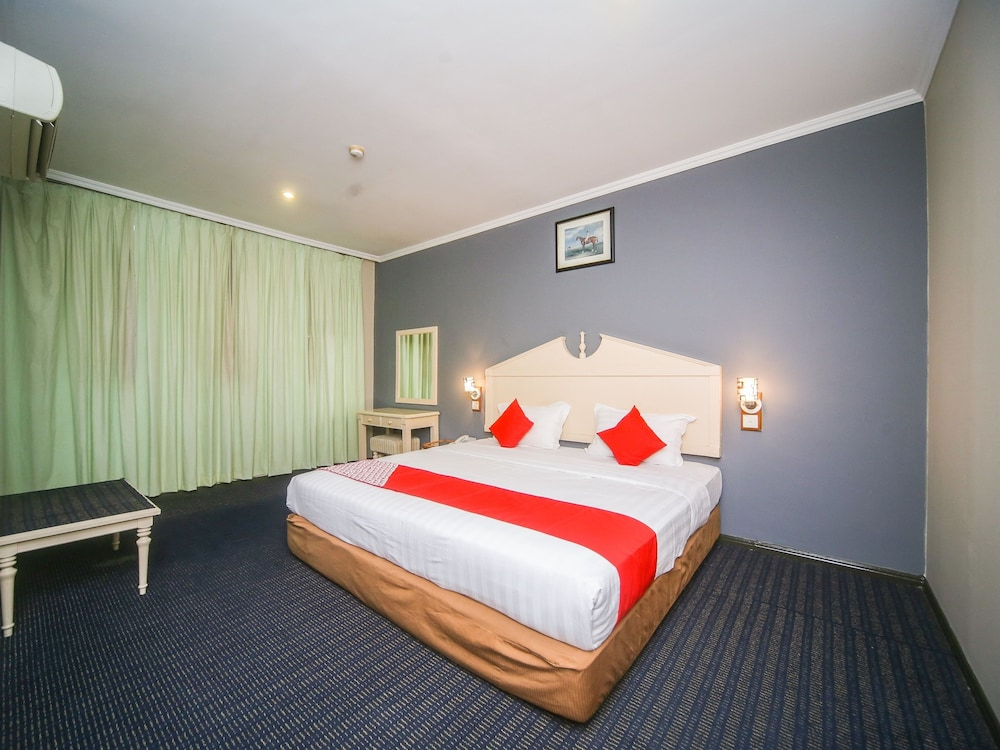 OYO 563 Jockey Lodge Hotel in Sandakan | Hotel Rates