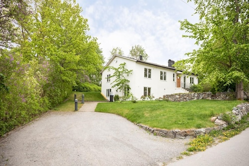 Lovely House Close to Seaside and Stockholm City
