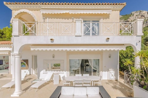 Villa With 4 Bedrooms in Beausoleil, With Wonderful sea View, Private Pool, Furnished Terrace - 3 km From the Beach
