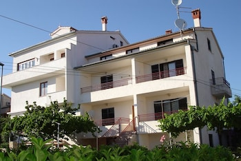 Apartments Jasmina