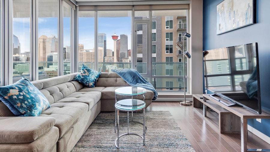 Simply Comfort. Downtown Calgary Apts