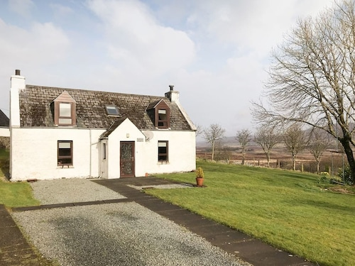 2 Bedroom Accommodation in Uigshadder Near Portree