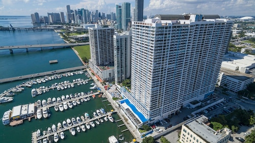 The Grand Downtown Miami by Edgewater One VR