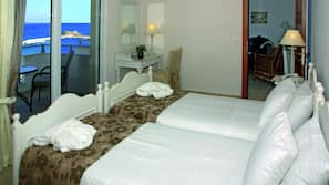 In-room safe, free WiFi, linens, wheelchair access