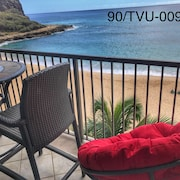 Ocean Front & Secluded Beach With Pool ,w/d and Amazing Sunsets Hawaii Legal