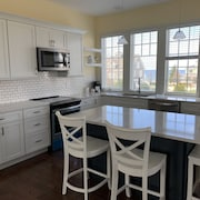 Brand NEW BAY Harbor Carriage Located in House Village Beach 2 BR 2bath