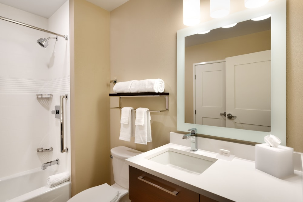 Bathroom, TownePlace Suites by Marriott Salt Lake City Draper