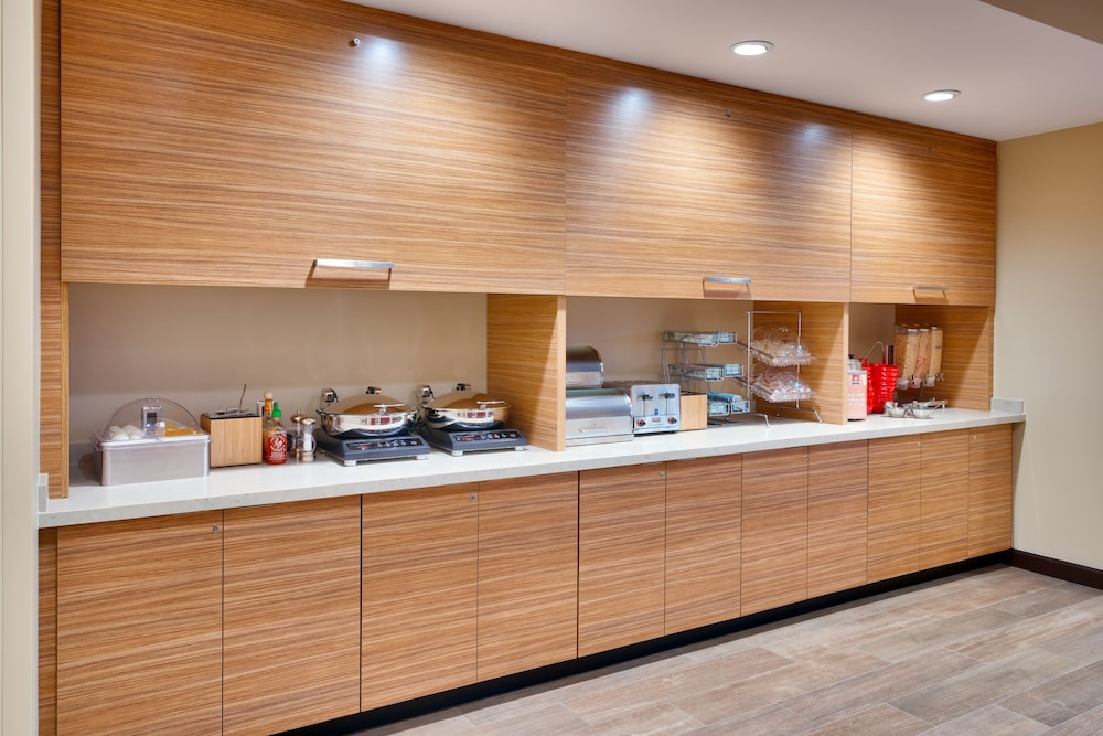 Breakfast buffet, TownePlace Suites by Marriott Salt Lake City Draper