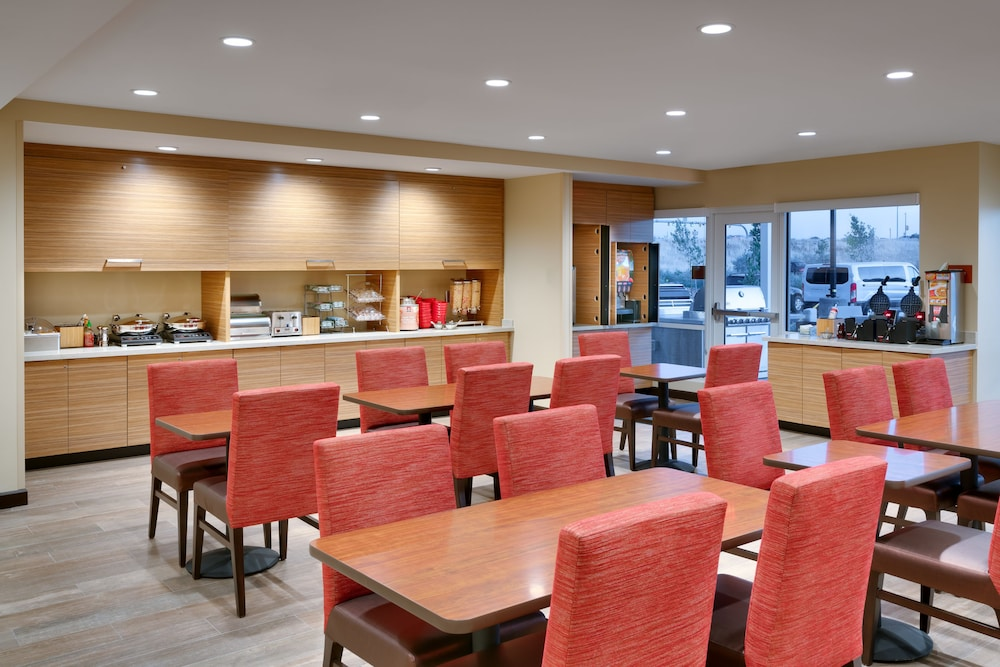 Breakfast Area, TownePlace Suites by Marriott Salt Lake City Draper