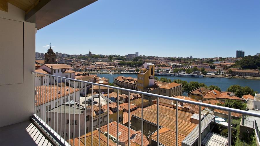 RVA São João Novo Apartments