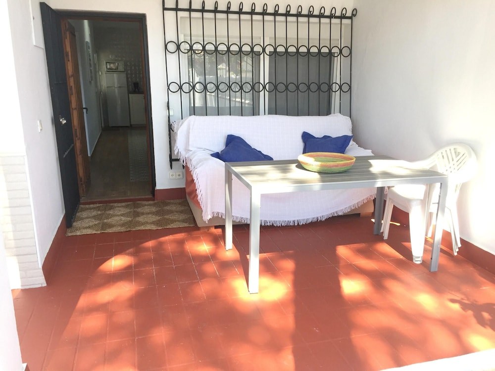 Balcony, House With 2 Bedrooms in Chiclana de la Frontera, With Enclosed Garden and Wifi - 200 m From the Beach