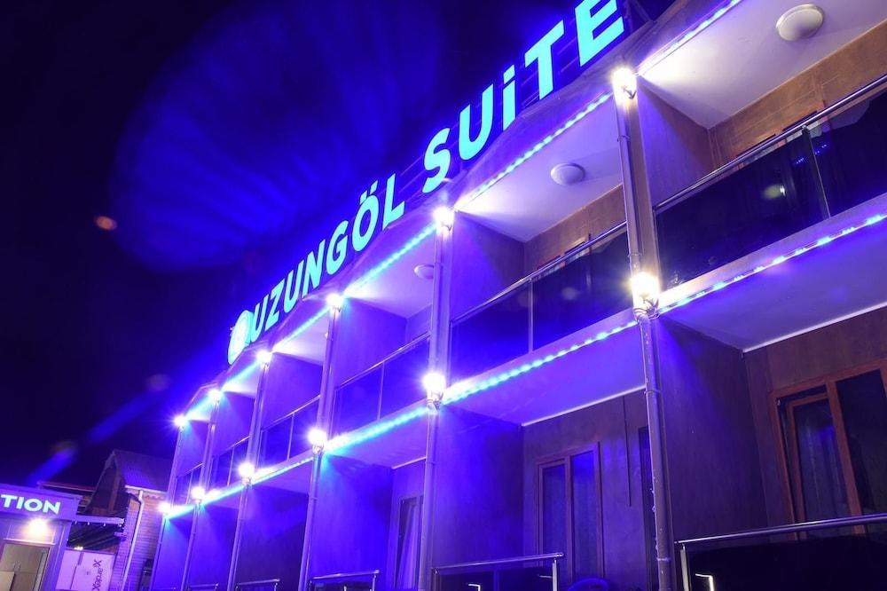 فندق أوزنجول سويت