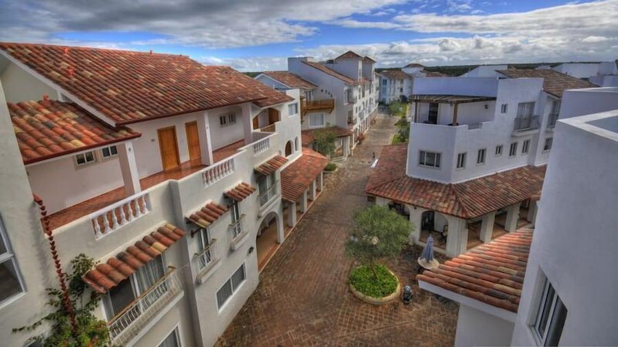 Cadaques Caribe Apartment